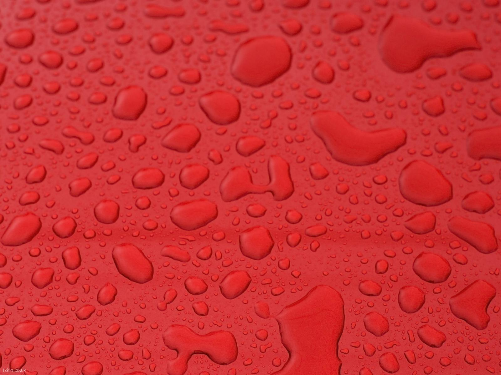 desktop image Waterdrops on Red