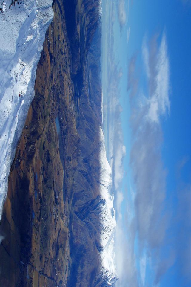 iphone 4 landscape wallpaper The Remarkables Snowline